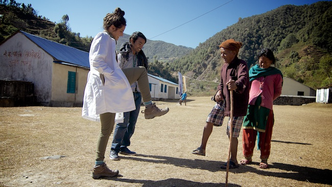 Hanna DeFuria | Acupuncture Volunteer Nepal