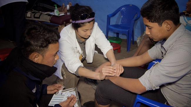 Debbie Yu | Acupuncture Volunteer Nepal