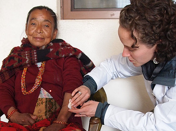 Emma Goulart | Acupuncture Volunteer Nepal