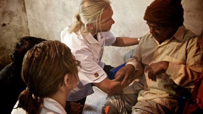 Andrew Schlabach | Acupuncture Volunteer Nepal
